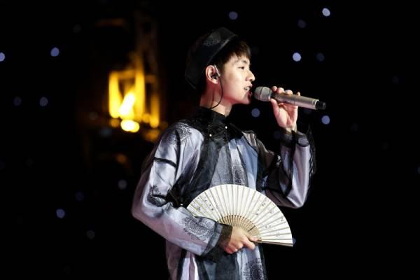 Cháu 7 đời của Cao Bá Quát kể 'Truyện Kiều' tại Sing My Song