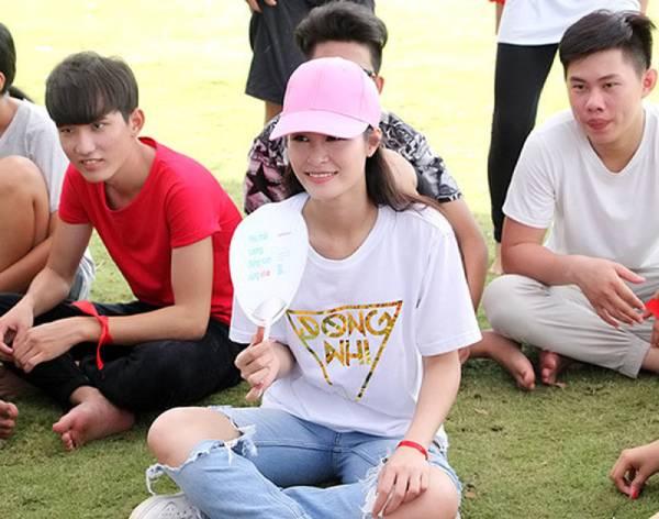 dong nhi cung fan