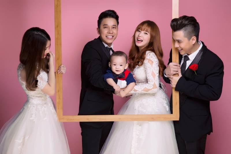 Tình mới Tiến Dũng lộ diện trong ảnh cưới Lê Hoàng, Việt Huê