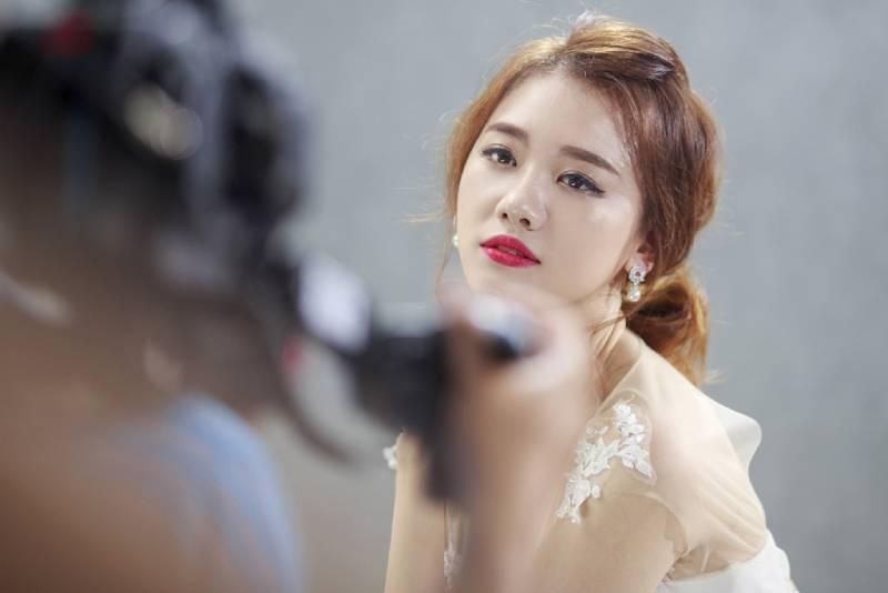 """Hari Won công khai """"tình mới"""" trong MV mới"""