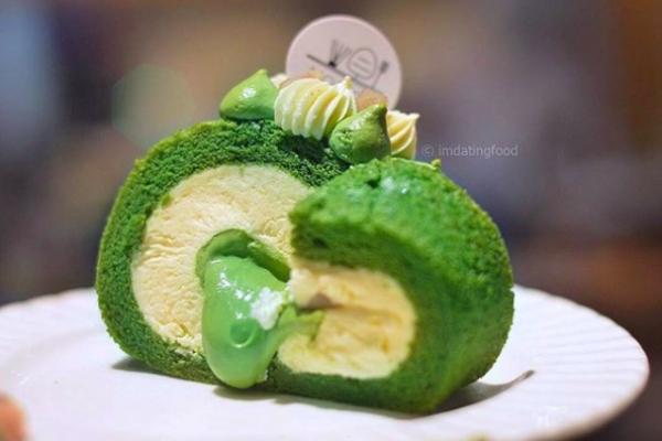 matcha roll cake 1