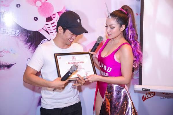 Thủy Top tham vọng giới thiệu nhạc Việt ra thế giới
