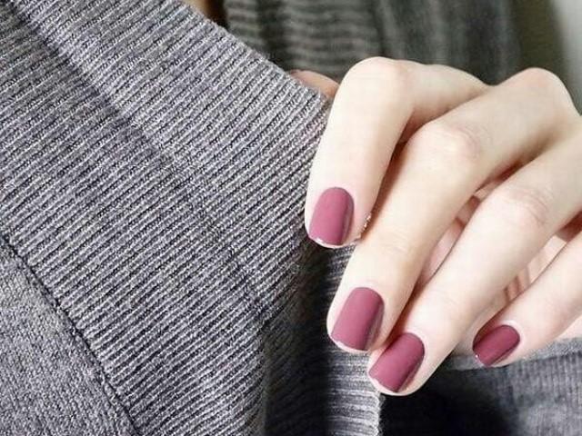 Các mẫu nail đơn giản dễ làm