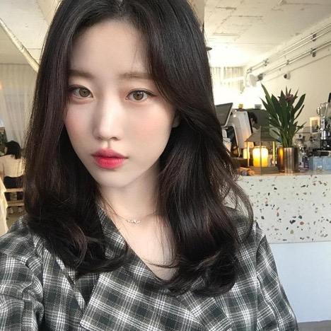 Mẫu tóc dài đẹp 2019