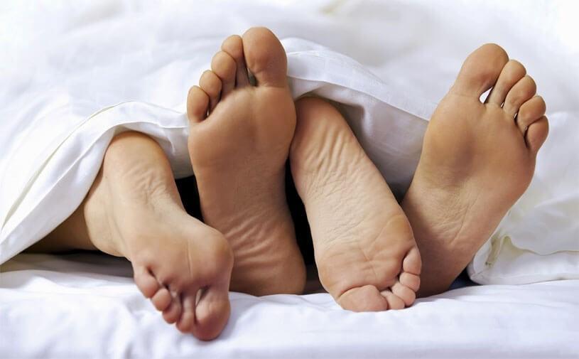 Nằm mơ thấy quan hệ với người yêu đánh đề con gì, là điềm tốt hay xấu?