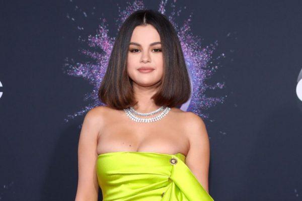 ng sau vết sẹo của Selena Gomez 3
