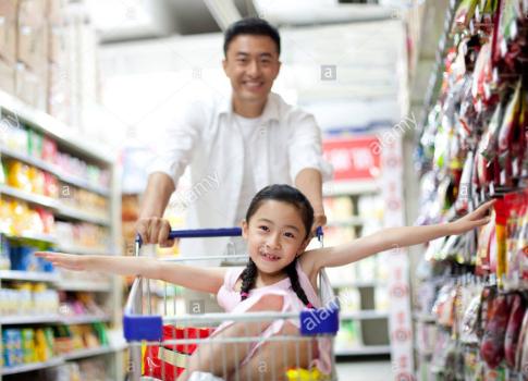 Đi chợ hoa cùng bố