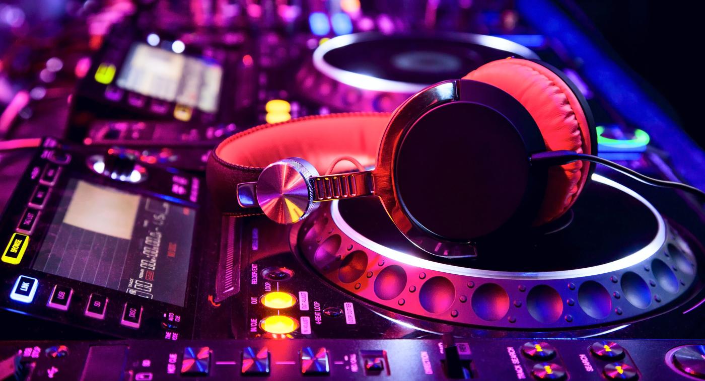Giới thiệu về thể loại nhạc EDM – Electronic Dance Music