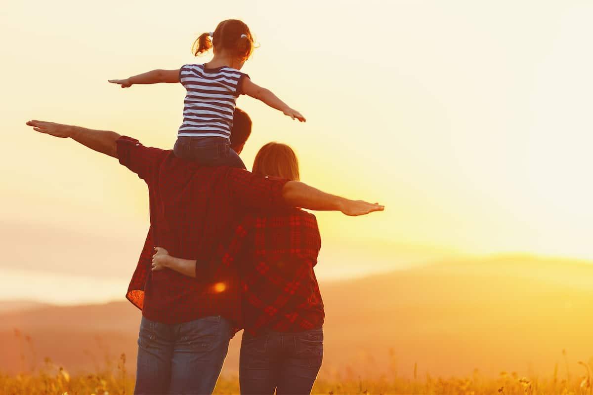 Những câu nói hay về cuộc sống gia đình stt status hay buồn 2