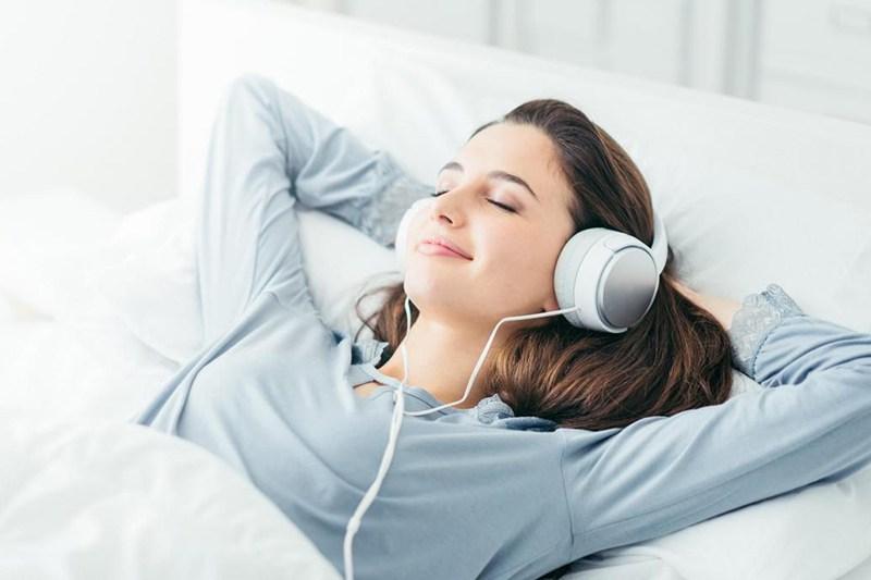 Tăng vốn từ vựng và khả năng giao tiếp học tiếng Anh qua bài hát