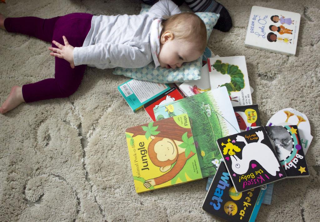 bé học tiếng anh qua hình ảnh Học qua các cuốn truyện tranh