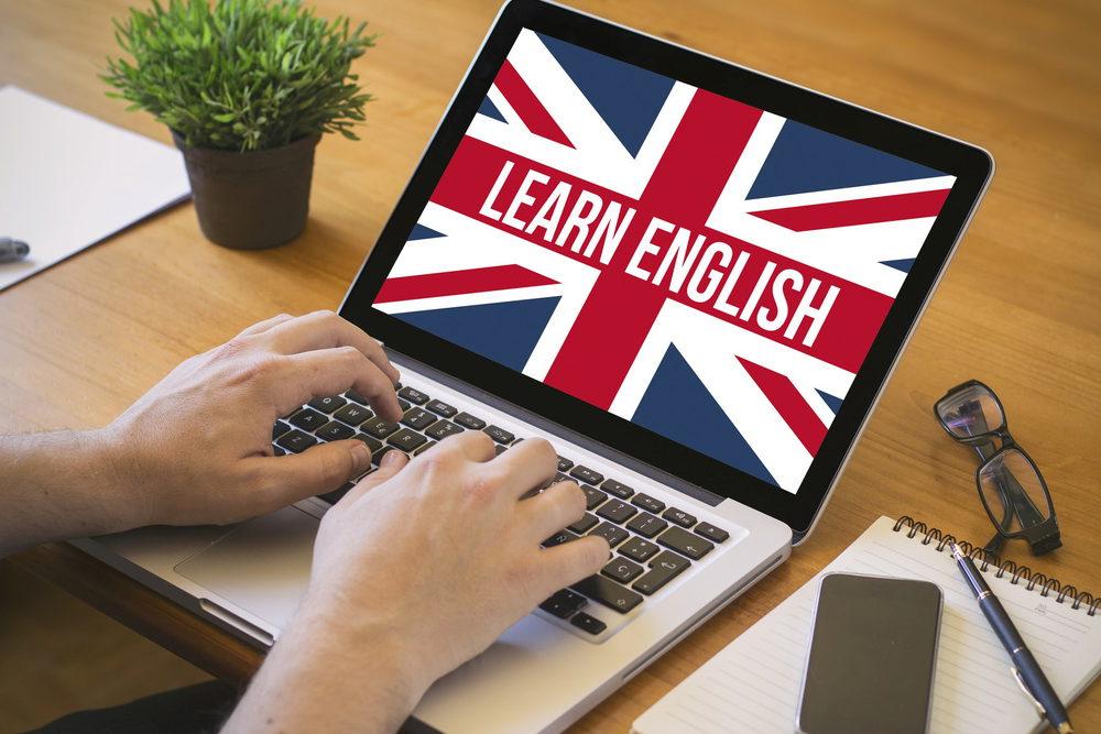 tự học tiếng anh thì đều học qua mạng, các trang web học tiếng anh.
