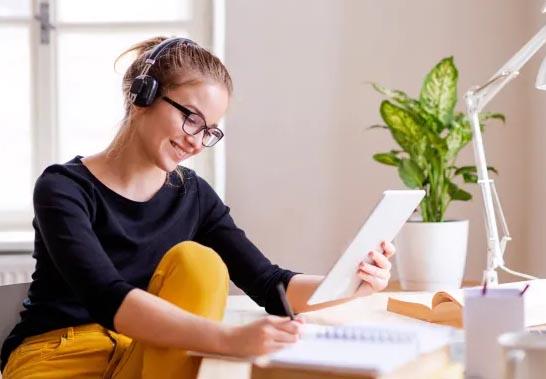 Học Tiếng Anh Online Miễn Phí bất cứ khi nào thích