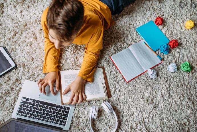 Học Tiếng Anh Online Miễn Phí Với Những Lưu Ý Cần Biết