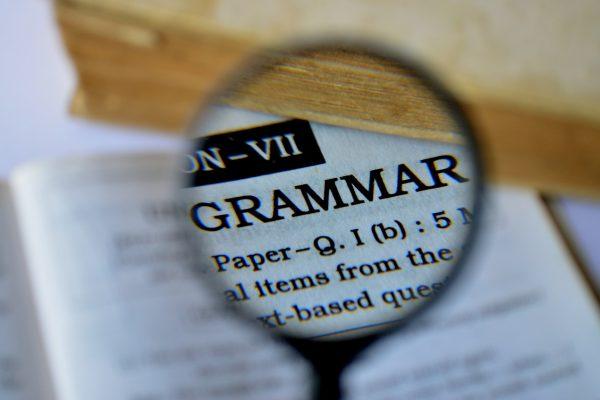 Mắc sai lầm khi học theo lộ trình học tiếng anh của người mới bắt đầu Sai lầm khi chỉ tập trung học ngữ pháp