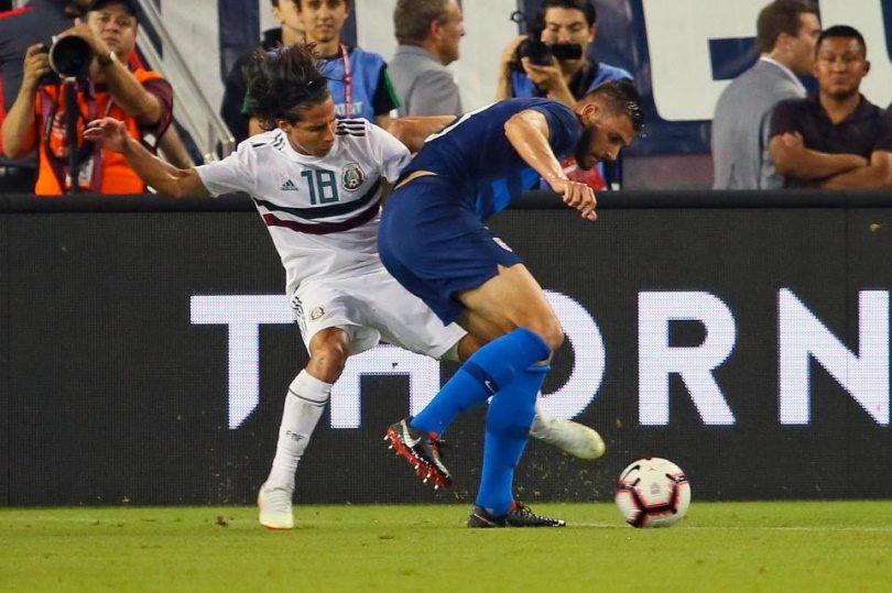 Tiền đạo Diego Lainez được giới mộ điệu kỳ vọng khá nhiều