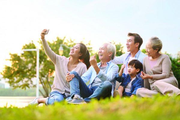Sống tốt để cha mẹ vui lòng - Những điều con cái nên làm nhân ngày Vu Lan báo hiếu cha mẹ