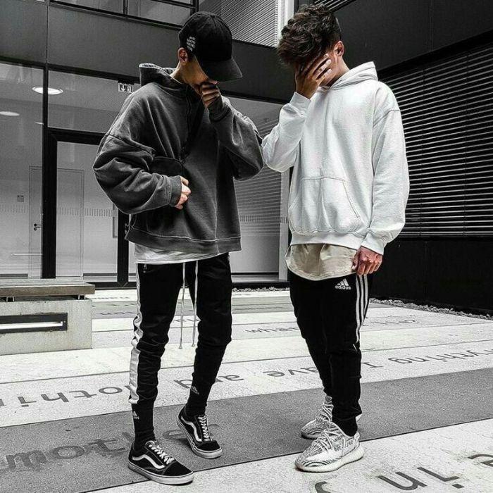 Quần Jogger mix cùng áo hoodie