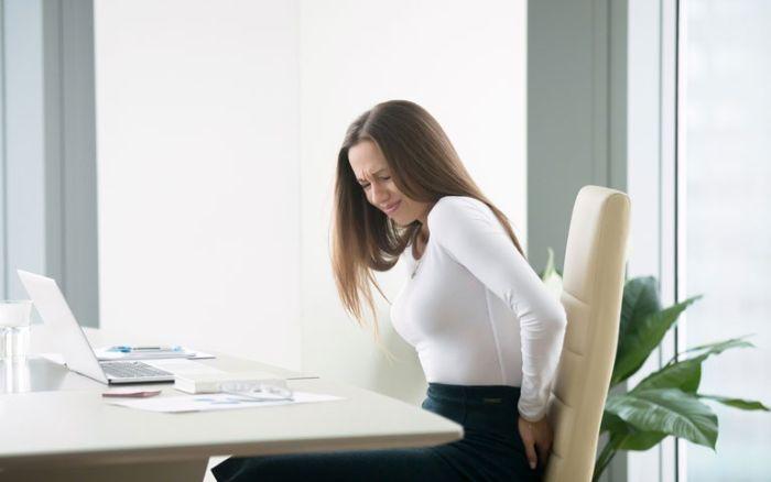 Phụ nữ nằm ngủ thấy ỉa trong quần khi đi làm cho biết bạn đang bị đồng nghiệp ganh ghét, đố kỵ