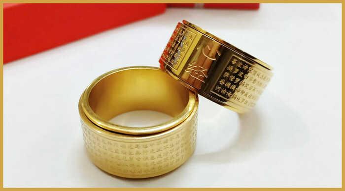 Hãy luôn đặt trọn tâm trí của mình vào chiếc nhẫn