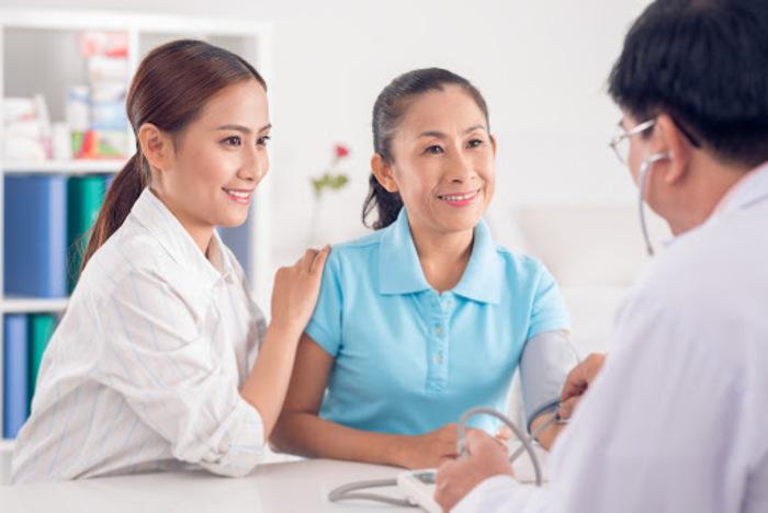 Việc chăm sóc sức khoẻ có ý nghĩa rất lớn đối với người già