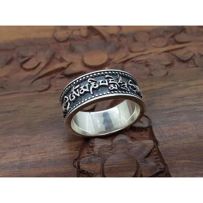 các loại nhẫn phong thủy